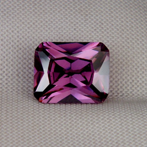 Fine Cutting! Intense Purple Cubic Zirconia GLI Litnon.com