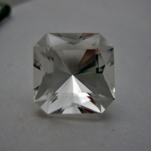 Competition Quality Cutting! Natural Quartz GLI Litnon.com